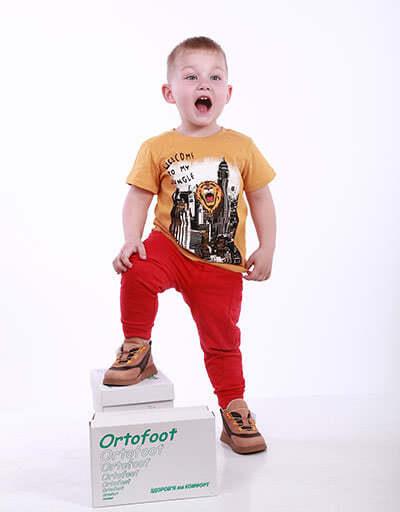 Детские ортопедические кроссовки Ortofoot
